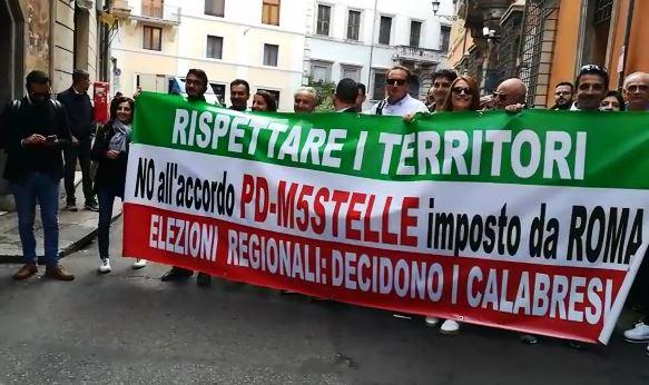 Elezioni regionali, circoli Pd Calabria da Zingaretti: «No a scelte dall'alto» - VIDEO