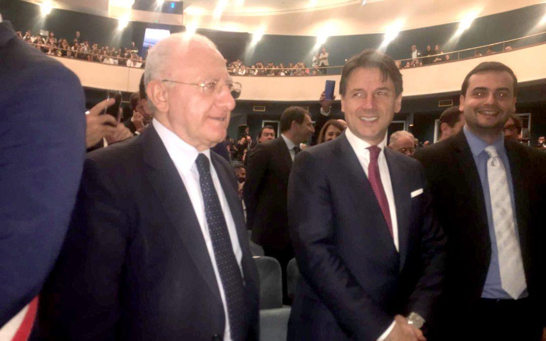 Il presidente della Regione Campania e il premier Giuseppe Conte