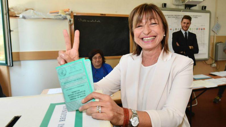 Il Centrodestra sfonda nell'Umbria rossa Donatella Tesei eletta governatrice