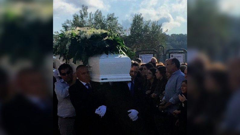 Giovani morti nel Cosentino, il dolore della madre di Alessandro Algieri