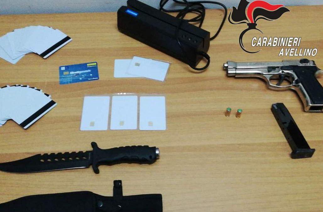 Ventenne arrestato per detenzione abusiva di armi
