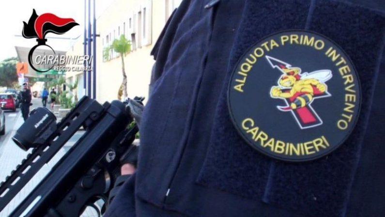 Incendio in un'abitazione a Reggio Calabria, salvate 5 persone