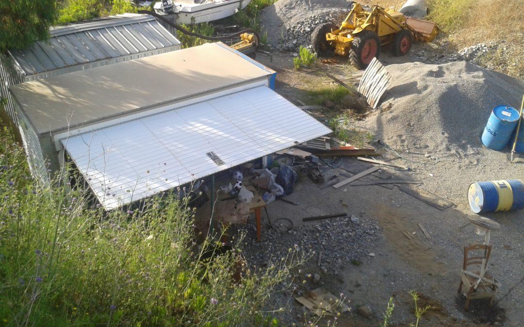 Rifiuti interrati in una vecchia cava in Calabria, 11 arresti per traffico illecito