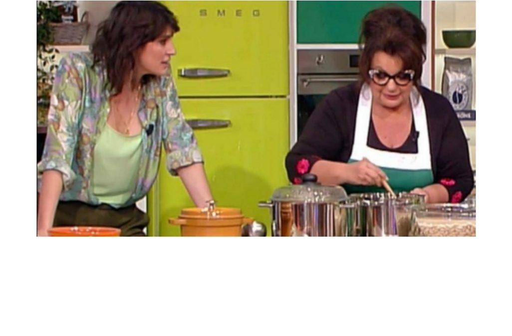 """""""Le ricette del Cuore"""" di De Simone al """"Napul'e"""" di Angelica Sepe"""
