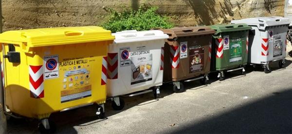 Gestione dei rifiuti, i 5stelle attaccano