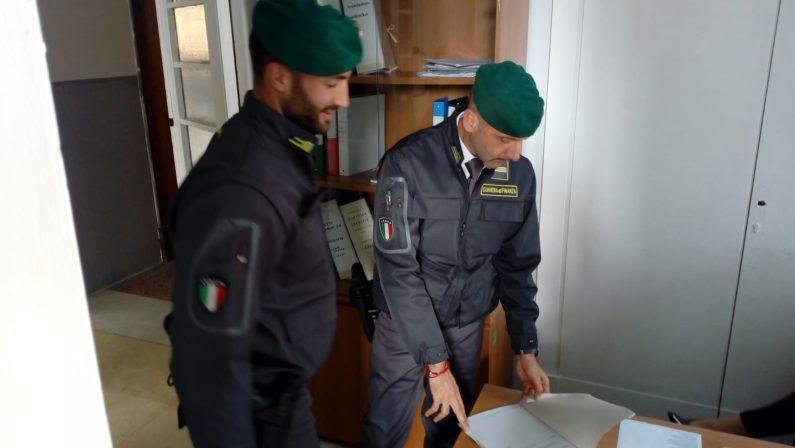 Avellino, fatture false prodotti petroliferi ed evasione Iva: 8 arresti