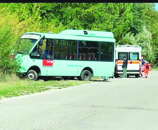 L'autobus è pericoloso? Trotta sospende l'autista che chiede sicurezza