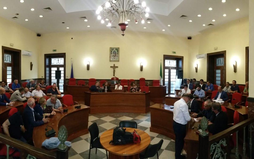 Bagarre tra sindaci nella riunione sui problemi della sanità nel Vibonese - VIDEO
