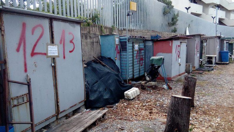 Ambiente, controlli sul litorale di Reggio Calabria: sequestrati 40 manufatti