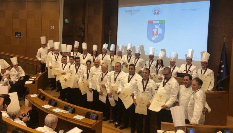 """Cucina, cuochi calabresi premiati a Montecitorio con i """"Collari collegium cocorum"""""""