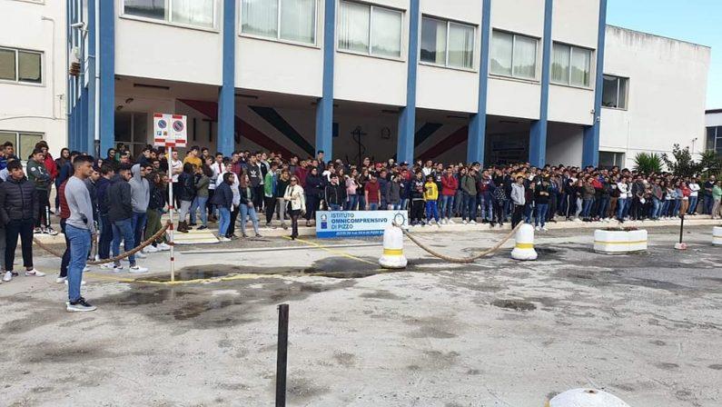 Dolore e tristezza al Nautico di Pizzo dopo la morte del docente Pierluigi Freda