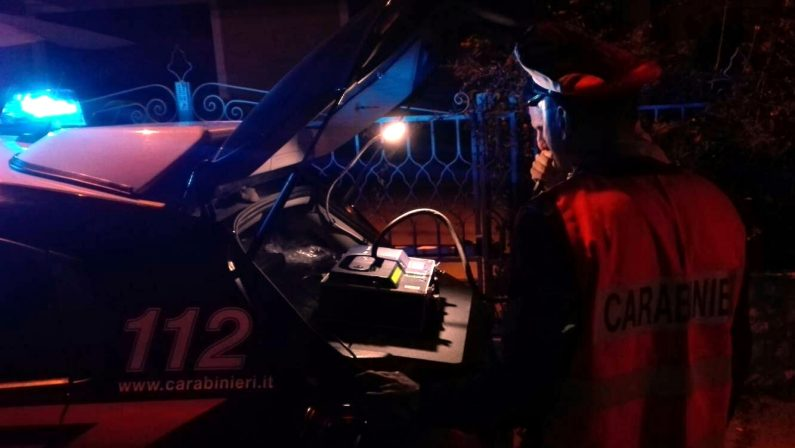 Ubriaco alla guida di un auto: 25enne denunciato