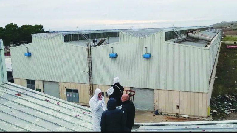 Matera, notte sul tetto per un gruppo di operai Ferrosud