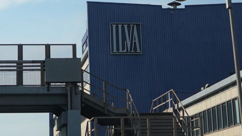 IL PASTONE - Ex Ilva, gli operai si rifiutano di spegnere Mittal investe con i giapponesi in India