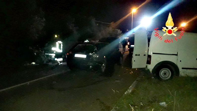 Incidente stradale a Lamezia, sei persone ferite e traffico bloccato