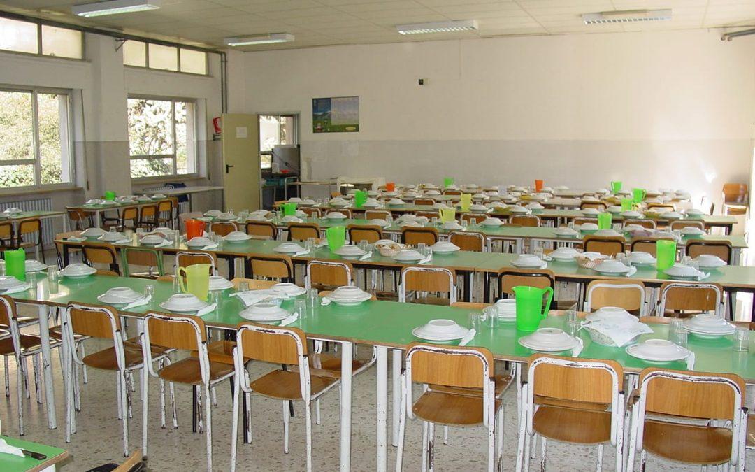 Operazione verità, al Sud due bambini su tre non mangiano a scuola: mancano le mense