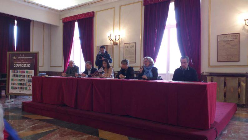 Teatro, presentata la stagione del Rendano di Cosenza. Siani apre con il botto - VIDEO
