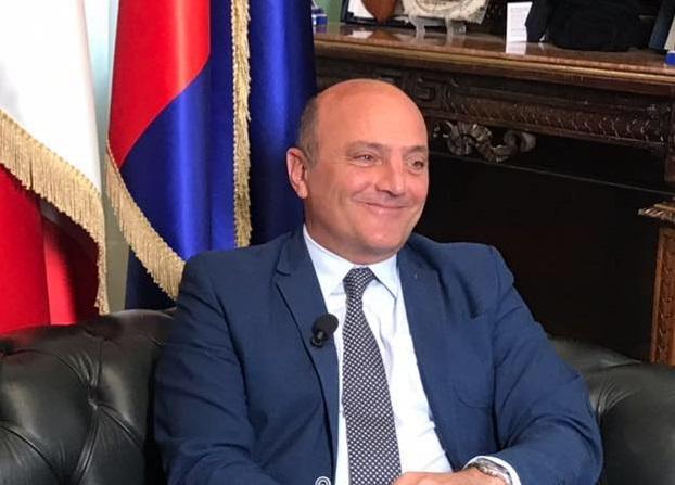 Crotone non ha più il sindaco e il presidente della Provincia, Pugliese sospeso dalle cariche dopo il divieto di dimora