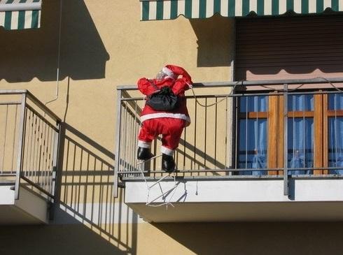 La Card di Pietrangelo Buttafuoco I Parastinchi di Babbo Natale