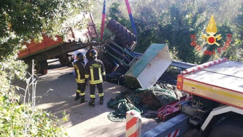 Tragedia nel Catanzarese: muore a 24 anni per il ribaltamento del mezzo agricolo che stava guidando