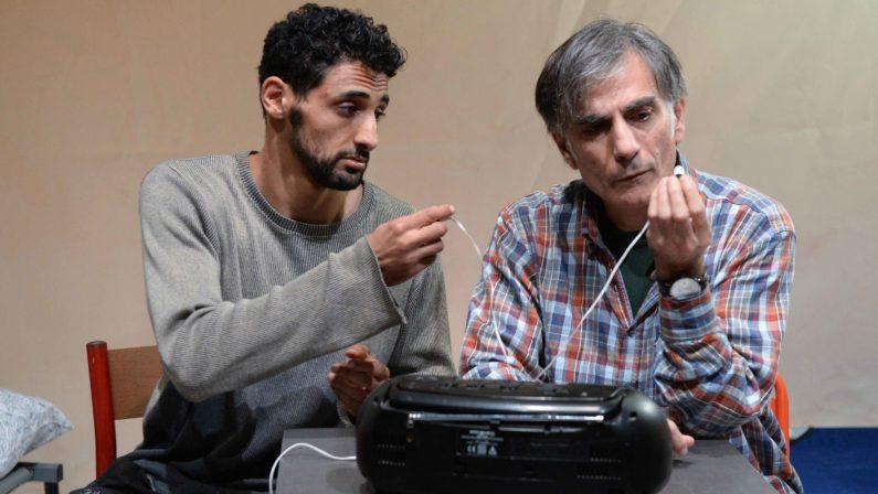 """""""Mario e Saleh"""", quando il teatro racconta il confronto tra cristiani e islamici VIDEO"""