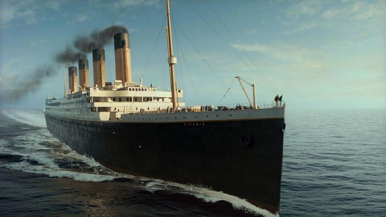 L'orchestrina del Titanic Italia Il balletto delle microtasse della Manovra