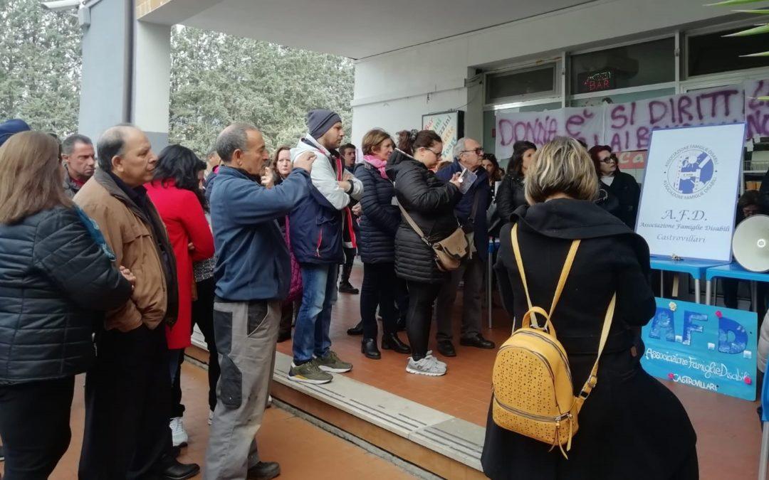 Sanità, le mamme del Pollino in protesta: «Pediatria non può chiudere»