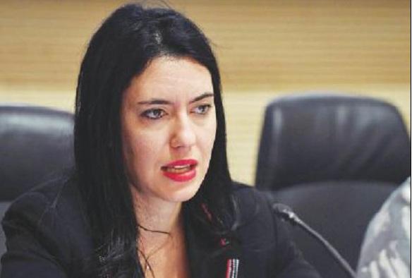 Scuola ed esami di maturità, il Ministro Azzolina pensa a commissari interni e presidenti esterni