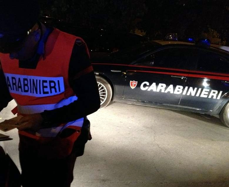 Ubriaco al volante provoca incidente stradale