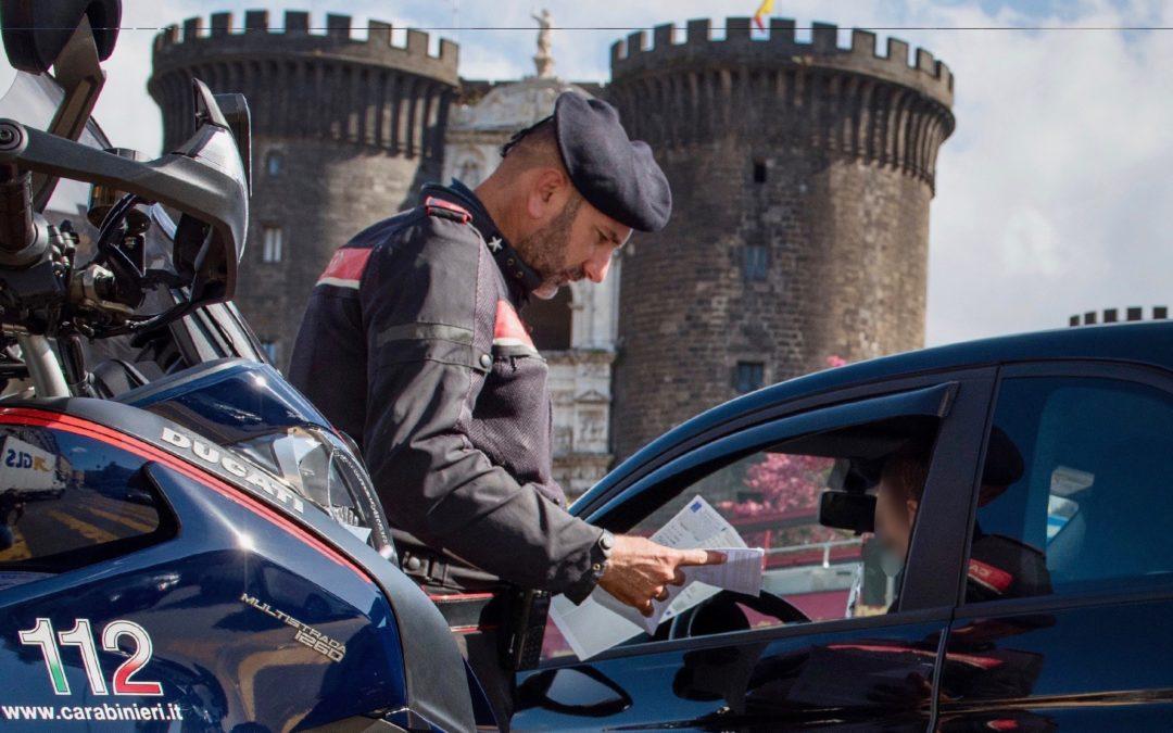 Controlli per contrastare il fenomeno delle scorribande di motorini senza l'uso del casco. 46 scooter sequestrati
