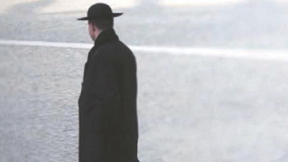Abusi, sacerdote arrestato