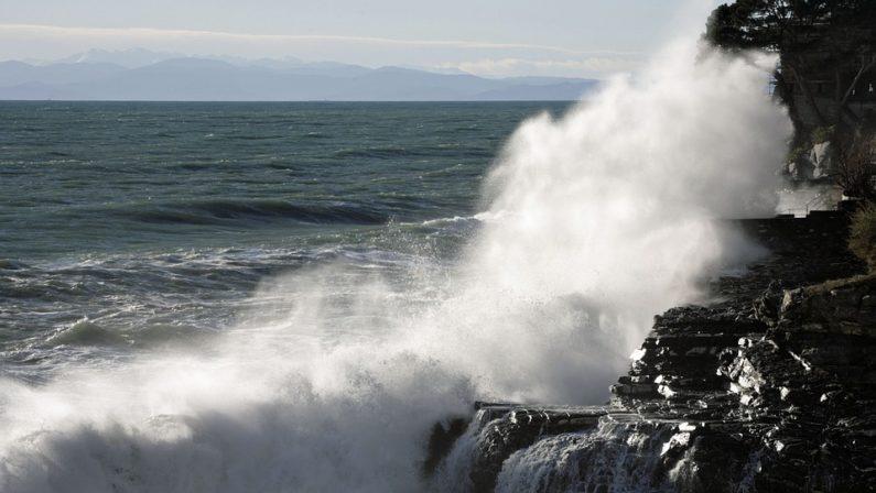 Maltempo: allerta per lunedì in 11 regioni per pioggia, vento e mareggiate
