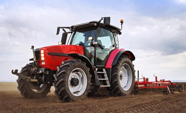 Comune senza mezzi per sanificare le strade, gli agricoltori prestano i trattori