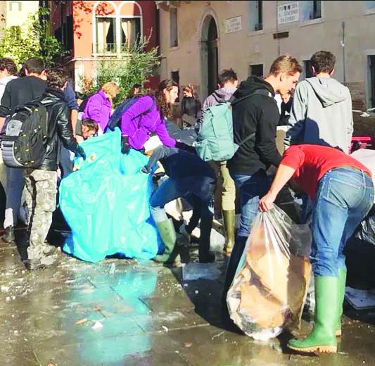 «Io, volontario a Venezia, vi racconto il dramma»