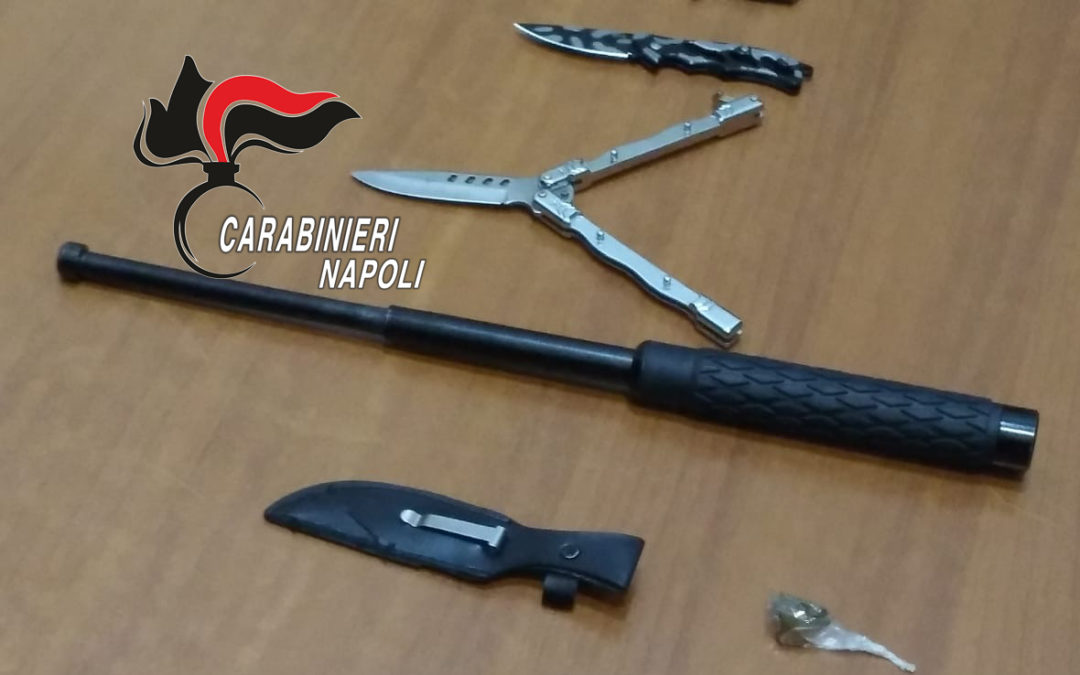 Carabinieri setacciano il Vomero, sequestrati coltelli