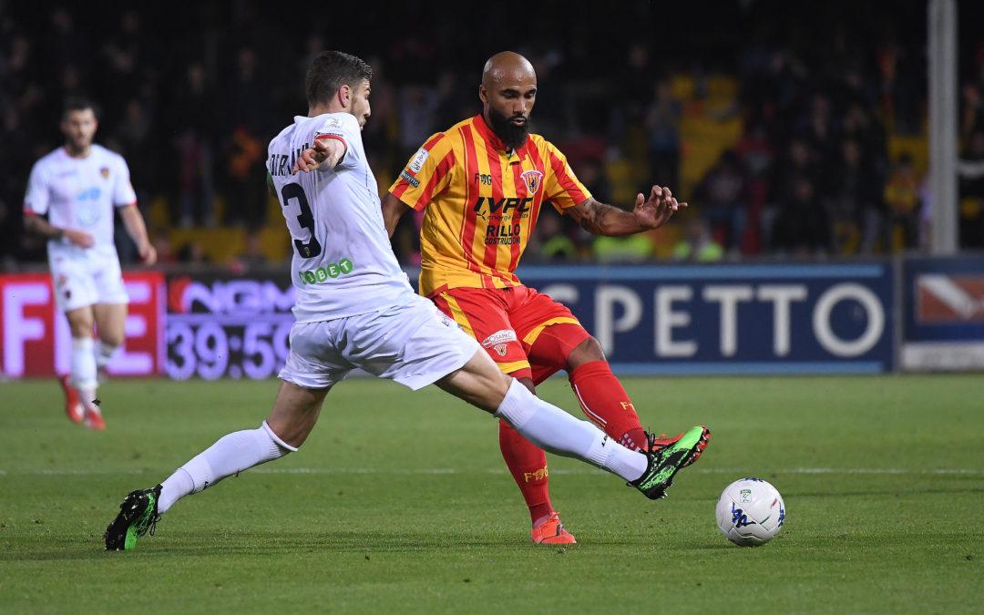 Calcio Serie B, ufficiale: Benevento cede Armenteros al Crotone