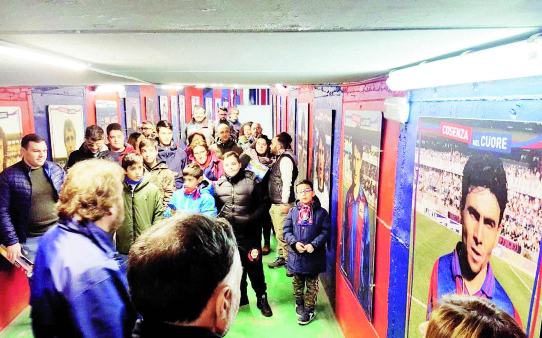 Cosenza, riapre la Hall of Fame nel tunnel di accesso agli spogliatoi dello Stadio Marulla