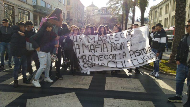 FOTO - A Catanzaro la manifestazione pro Gratteri