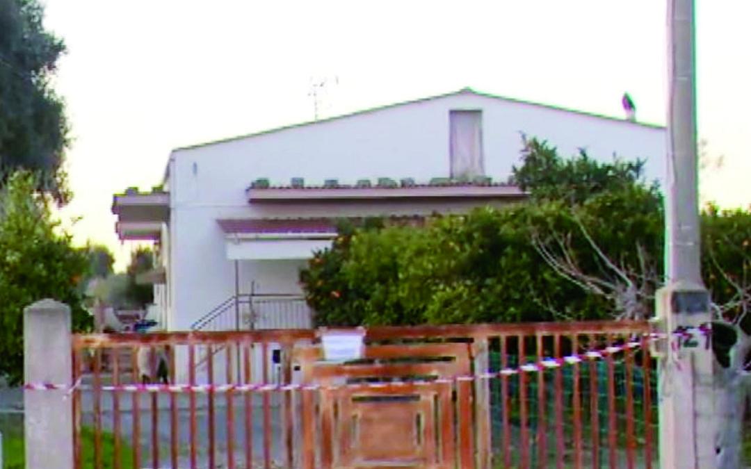 Marconia di Pisticci, coltello e bastone vicini al cadavere di Lopatriello