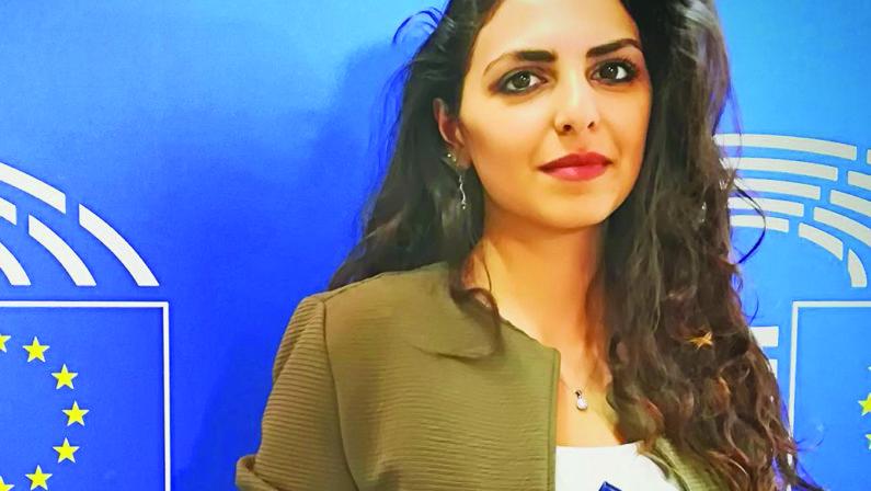 Una sardina dall'Iran a Matera: «La Basilicata ascolti i giovani»