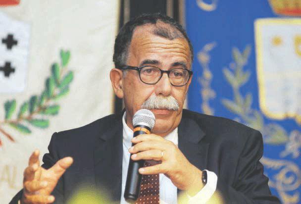 """Regionali, Ruotolo: """"No ai voltagabbana"""". Il senatore avverte De Luca"""