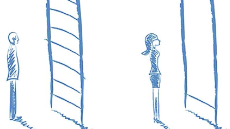 Indietro o davanti? Quale è il posto di una donna? Dobbiamo rinunciare all'idea di camminare a fianco?