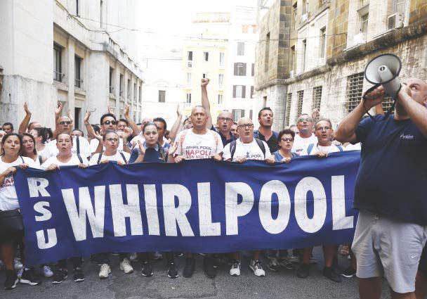Whirlpool, lavoratori in corteo