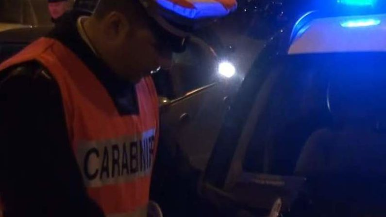 Ubriaco alla guida provoca incidente stradale