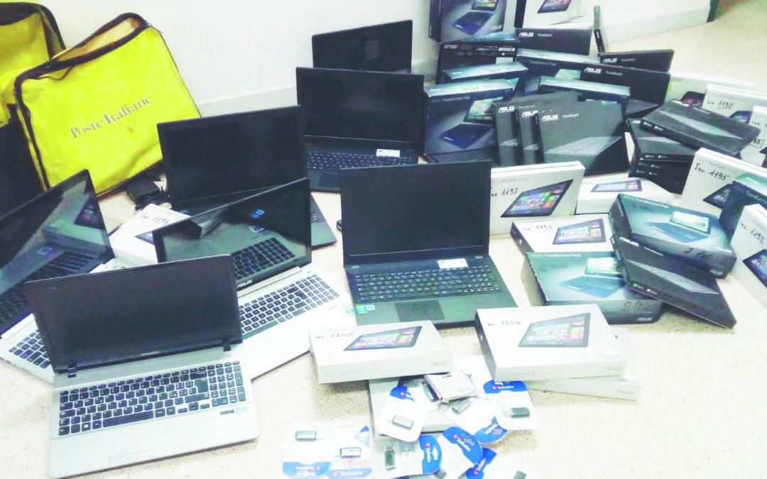 Arrestato per il furto di 520 computer nelle scuole