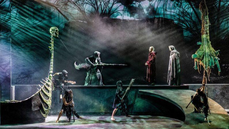 """Il colossal """"La Divina Commedia"""" arriva a Catanzaro: il musical al teatro Politeama"""