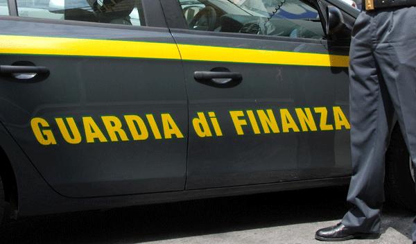 I Finanzieri del Comando provinciale di Salerno hanno sequestrato beni per oltre mezzo milione di euro