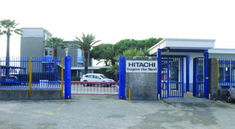 Coronavirus, chiudono gli stabilimenti Hitachi in Italia: ci sono anche Napoli e Reggio Calabria