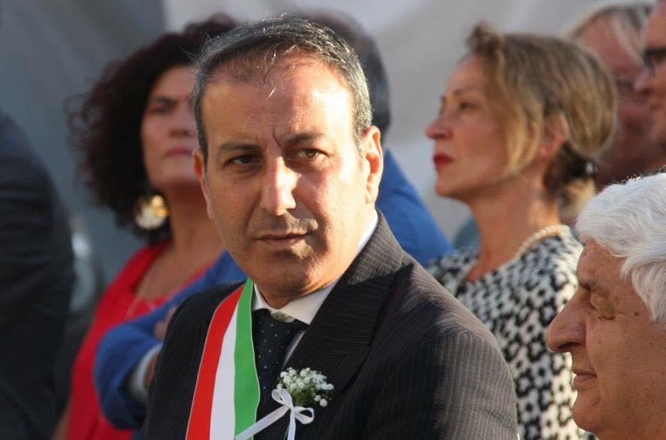 Tentata corruzione, arrestato il sindaco di Palazzo San Gervasio Michele Mastro