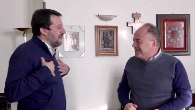 Salvini su Gratteri: «Come un fratello, è vittima di minacce come me». E Abramo è «un ottimo amministratore» - VIDEO